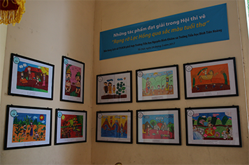 "The prized pictures of draw competition ""Brightly Lac Hong through the drawing of childhood"""
